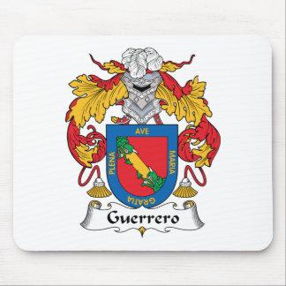 Escudo de la familia de Guerrero Alfombrillas De Ratones