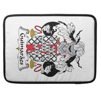 Escudo de la familia de Guimaraes Fundas Para Macbook Pro
