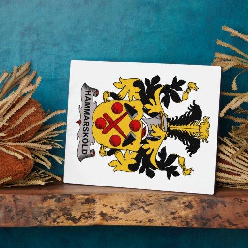 Escudo de la familia de Hammarskold Placa De Plastico