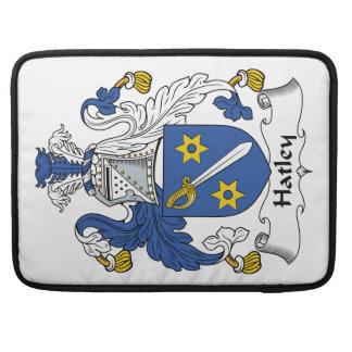 Escudo de la familia de Hatley Funda Para Macbook Pro