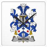 Escudo de la familia de Hatton Relojes De Pared