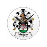 Escudo de la familia de Hauser Reloj De Pared