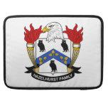 Escudo de la familia de Hazelhurst Funda Para Macbooks