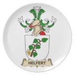 Escudo de la familia de Helfert Platos