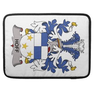 Escudo de la familia de Hoff Funda Para Macbooks