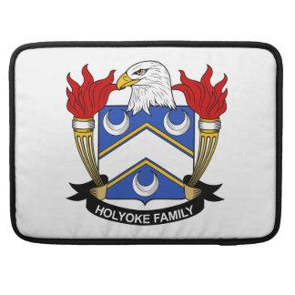 Escudo de la familia de Holyoke Fundas Para Macbooks