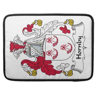 Escudo de la familia de Hornby Fundas Para Macbooks