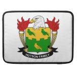 Escudo de la familia de Hutson Fundas Macbook Pro