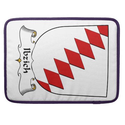 Escudo de la familia de Ibzich Funda Para Macbook Pro
