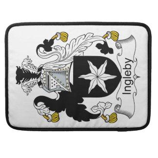Escudo de la familia de Ingleby Fundas Macbook Pro