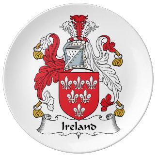 Escudo de la familia de Irlanda Plato De Cerámica