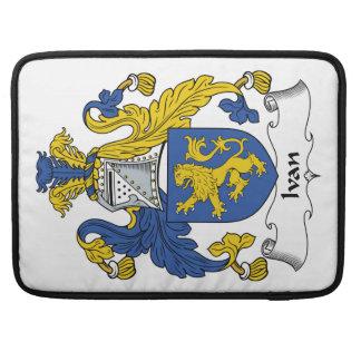Escudo de la familia de Ivan Funda Para Macbooks