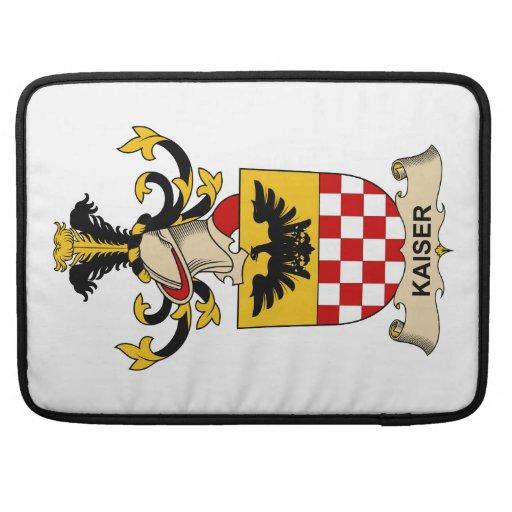 Escudo de la familia de Kaiser Funda Macbook Pro