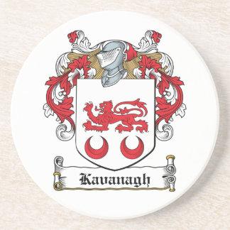 Escudo de la familia de Kavanaugh Posavasos Cerveza