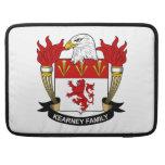 Escudo de la familia de Kearney Funda Para Macbook Pro