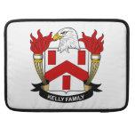 Escudo de la familia de Kelly Fundas Para Macbook Pro