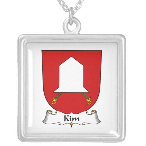 Escudo de la familia de Kim Colgante Cuadrado