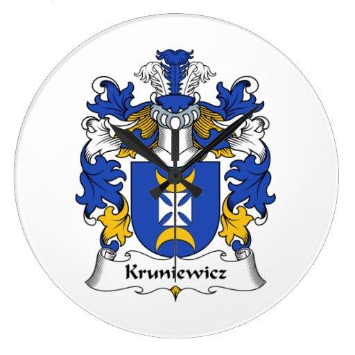 Escudo de la familia de Kruniewicz Reloj Redondo Grande