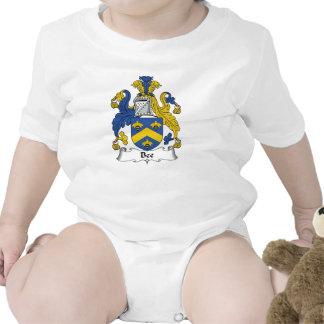 Escudo de la familia de la abeja camisetas