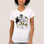 Escudo de la familia de la arcilla camisetas