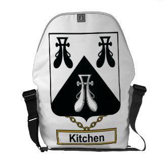 Escudo de la familia de la cocina bolsa de mensajeria