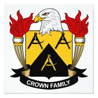 """Escudo de la familia de la corona invitación 5.25"""" x 5.25"""""""