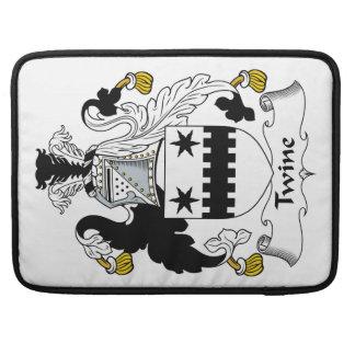 Escudo de la familia de la guita fundas para macbooks