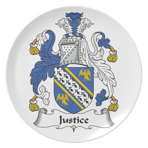 Escudo de la familia de la justicia plato