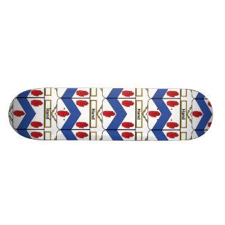 Escudo de la familia de la mano patinetas personalizadas