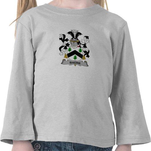 Escudo de la familia de la orilla camiseta