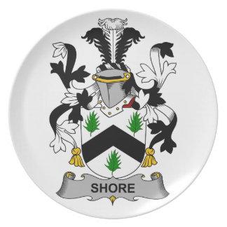 Escudo de la familia de la orilla plato de cena