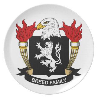 Escudo de la familia de la raza plato para fiesta