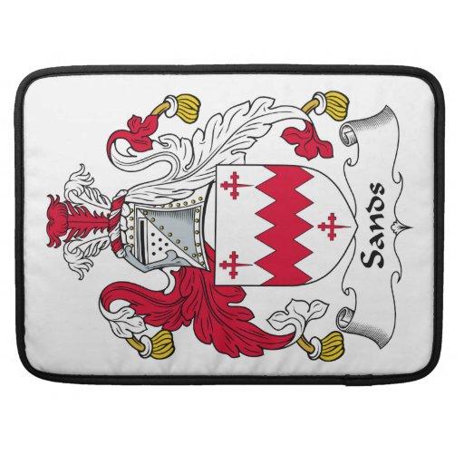 Escudo de la familia de las arenas funda para macbook pro