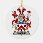 Escudo de la familia de las chorreadoras ornamentos de reyes