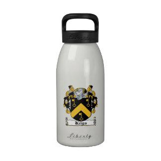 Escudo de la familia de las llaves botellas de beber