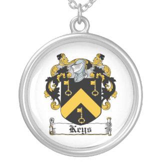 Escudo de la familia de las llaves grimpolas personalizadas