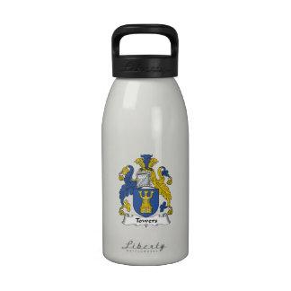 Escudo de la familia de las torres botellas de beber