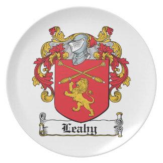 Escudo de la familia de Leahy Plato