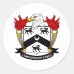Escudo de la familia de Leavenworth Pegatina Redonda