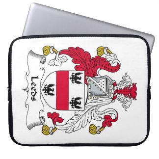 Escudo de la familia de Leeds Fundas Computadoras