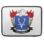 Escudo de la familia de Legg Fundas Macbook Pro