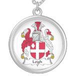 Escudo de la familia de Leigh Collar Personalizado