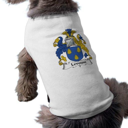 Escudo de la familia de Leveson Playera Sin Mangas Para Perro