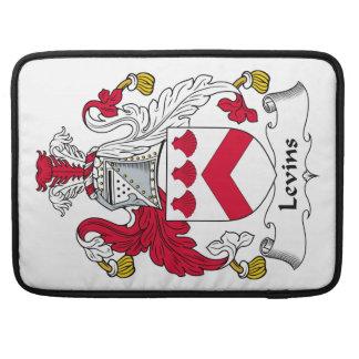 Escudo de la familia de Levins Funda Para Macbooks