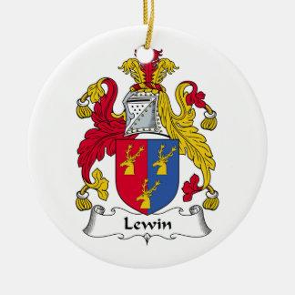 Escudo de la familia de Lewin Adorno
