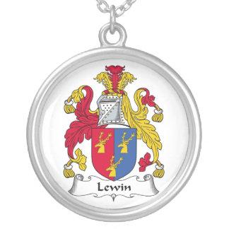 Escudo de la familia de Lewin Collar