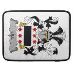 Escudo de la familia de Lill Funda Para Macbooks
