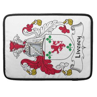 Escudo de la familia de Livesey Fundas Para Macbook Pro