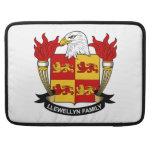 Escudo de la familia de Llewellyn Funda Para Macbooks