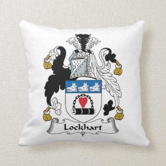 Escudo de la familia de Lockhart Cojín Decorativo